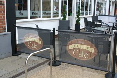 Black Cafe Barrier System Customer Example